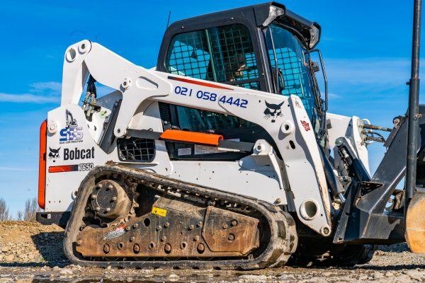 sns_contracting_equipment_pics_yard_28