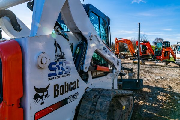 sns_contracting_equipment_pics_yard_55