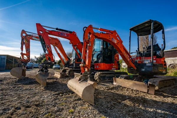 sns_contracting_equipment_pics_yard_88